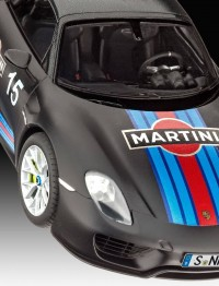 "REV07027 Porsche 918 ""Weissach Sport"" Plastic Kit"