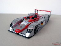 LMM124052 Audi R8 Infineon #1  Winner Le Mans 2002 Multimedia Kit