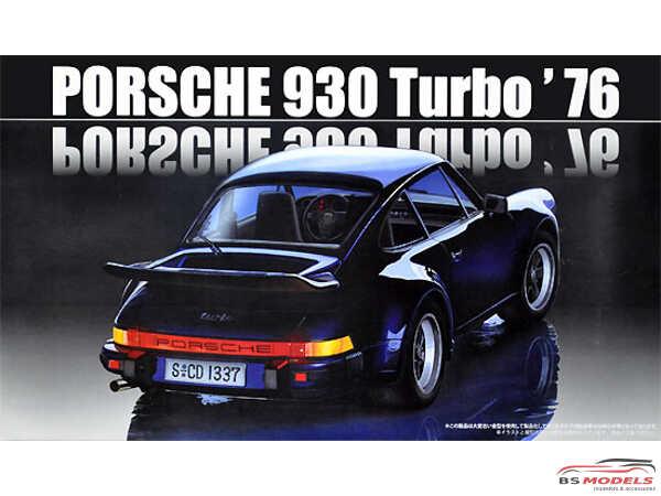 FUJ126609 Porsche 930 turbo 1976 Plastic Kit