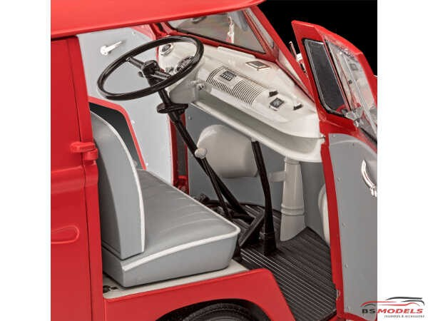 REV07049 VW T1 Kastenwagen Plastic Kit
