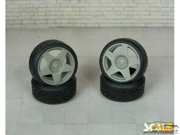 "SPRF24127 18"" Fifteen 52 Tarmac  wheels + tires (tread) Multimedia Accessoires"