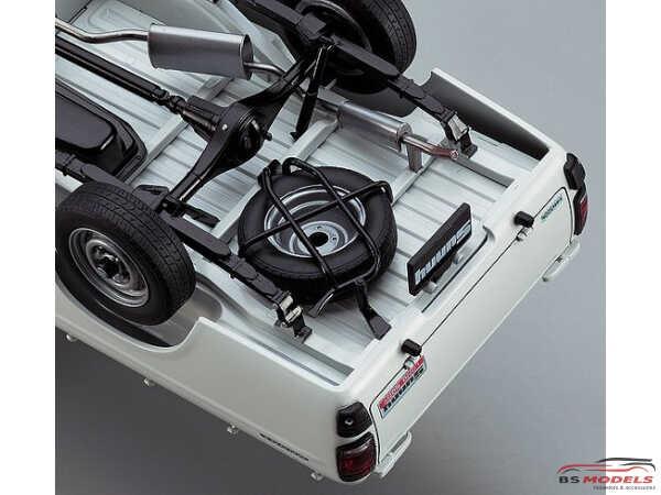 HASHC20 Nissan Sunny Truck 1973 (GB121) Long Body deluxe Plastic Kit
